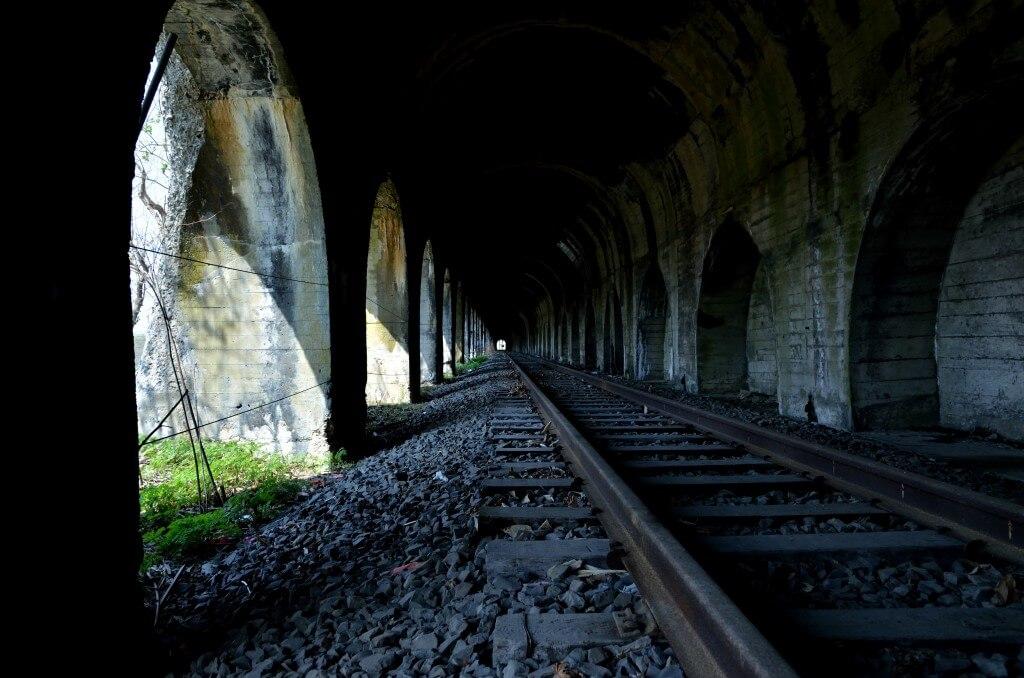 栗山トンネル(室蘭本線旧線)