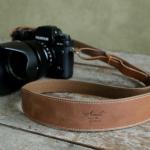 おすすめ!一眼レフの革製カメラストラップ。厳選5つのおしゃれな革製カメラストラップ!