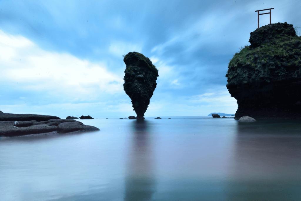 画像引用:ノース&ウォーム/えびす岩・大黒岩 を北海道 余市町で撮る
